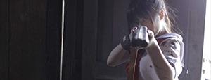 Zombie Ass: Haufenweise neue Zombie-Arsch-Szenenbilder