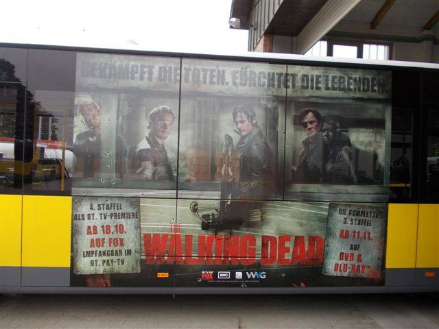 The Walking Dead Bus Berlin 1