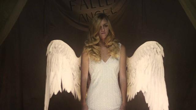 American Horror Story – Freakshow Erster Teaser Clip Fallen Angel (2)