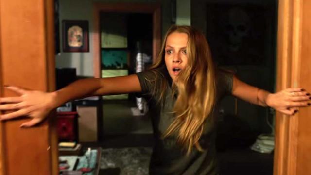 """Offizieller """"Lights Out"""" Trailer lehrt euch das Fürchten vor der Dunkelheit"""