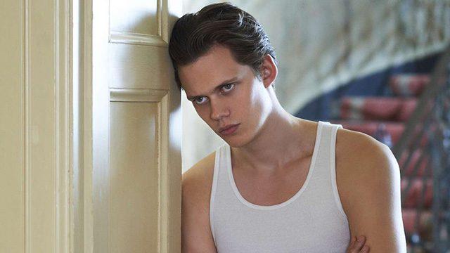 """Das ist der Pennywise Darsteller der neuen """"Stephen King's Es"""" Adaption"""