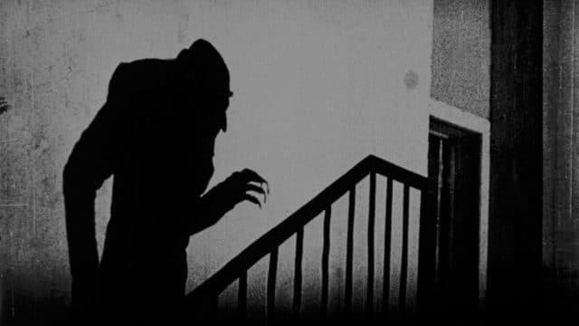 Der Vampir als Sinnbild für den Ersten Weltkrieg: Szenenbild aus Nosferatu von 1922.