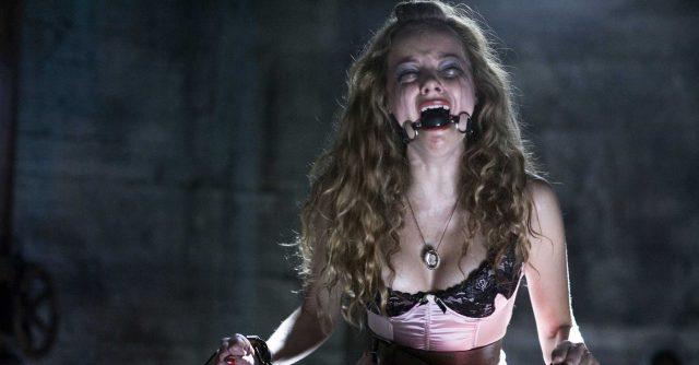 Szenenfoto aus Hostel 2: Der Folter-Horrorfilm versucht sich in seiner Gewaltdarstellung immer wieder zu überbieten. Die Story bleibt dabei jedoch auf der Strecke.