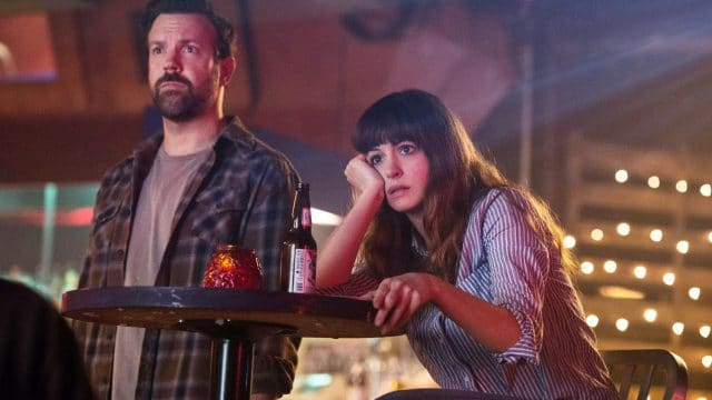 """Anne Hathaway kontrolliert ein Kaiju-Monster im ersten """"Colossal"""" Trailer"""