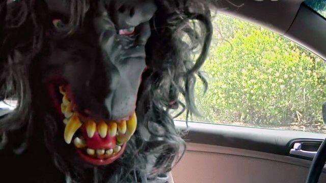 """Peachfuzz kehrt zurück im offiziellen Trailer zum Found Footage Film """"Creep 2"""""""