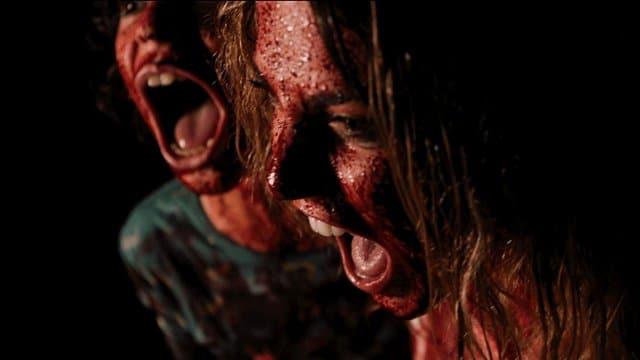 """Nicolas Cage dreht durch im Trailer der schwarzen Horror-Com """"Mom and Dad"""""""