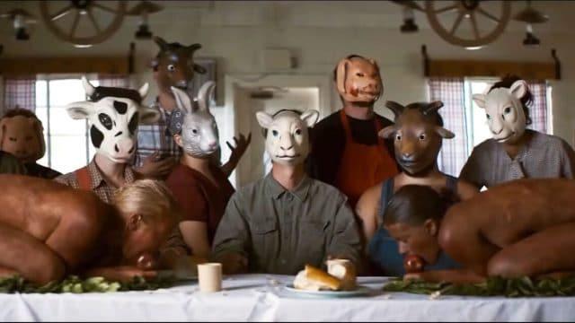 """Der """"The Farm"""" Trailer serviert uns frisches Menschenfleisch"""