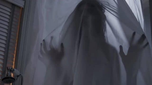 """[Trailer] Javier Botet spielt erneut eine Grusel-Kreatur im Horror-Thriller """"Mara"""""""