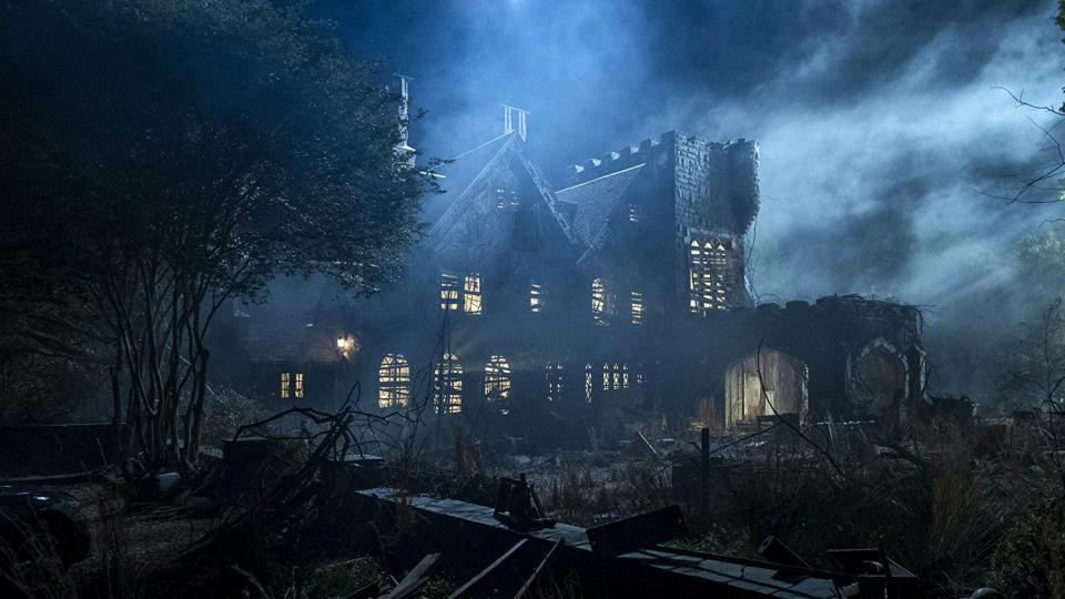"""Deutscher Trailer und Starttermin von Netflix' neuer Horror Serie """"Spuk in Hill House"""""""