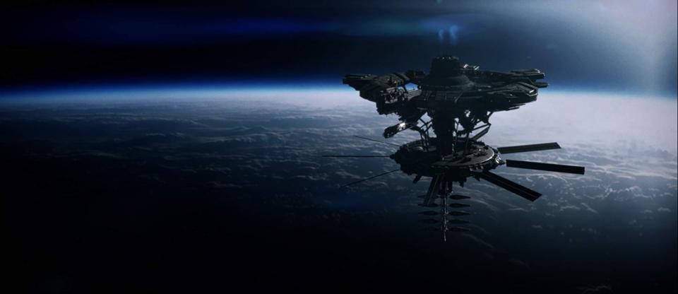"""Auf der Jagd nach Riesen-Aliens im """"Beyond White Space"""" Trailer"""