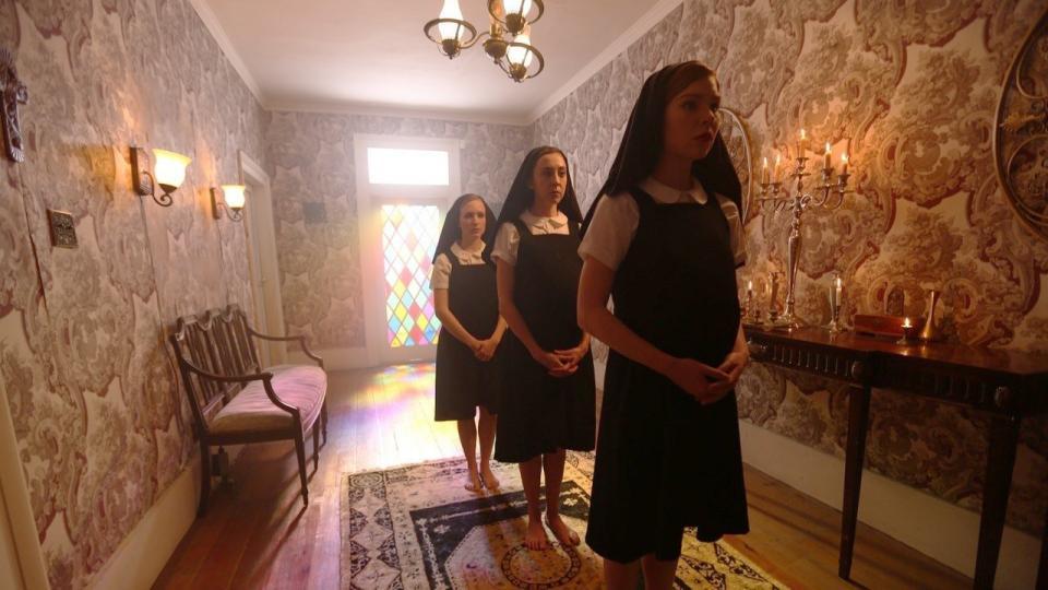 "Neuer Trailer zu Darren Lynn Bousman's Klosterhorror ""St. Agatha"""