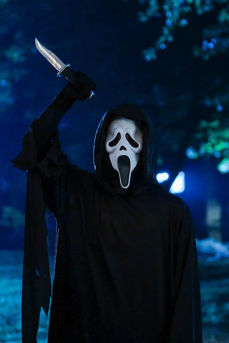 """Erster Trailer zu """"Scream: Resurrection"""" enthüllt die klassische Ghostface-Maske"""