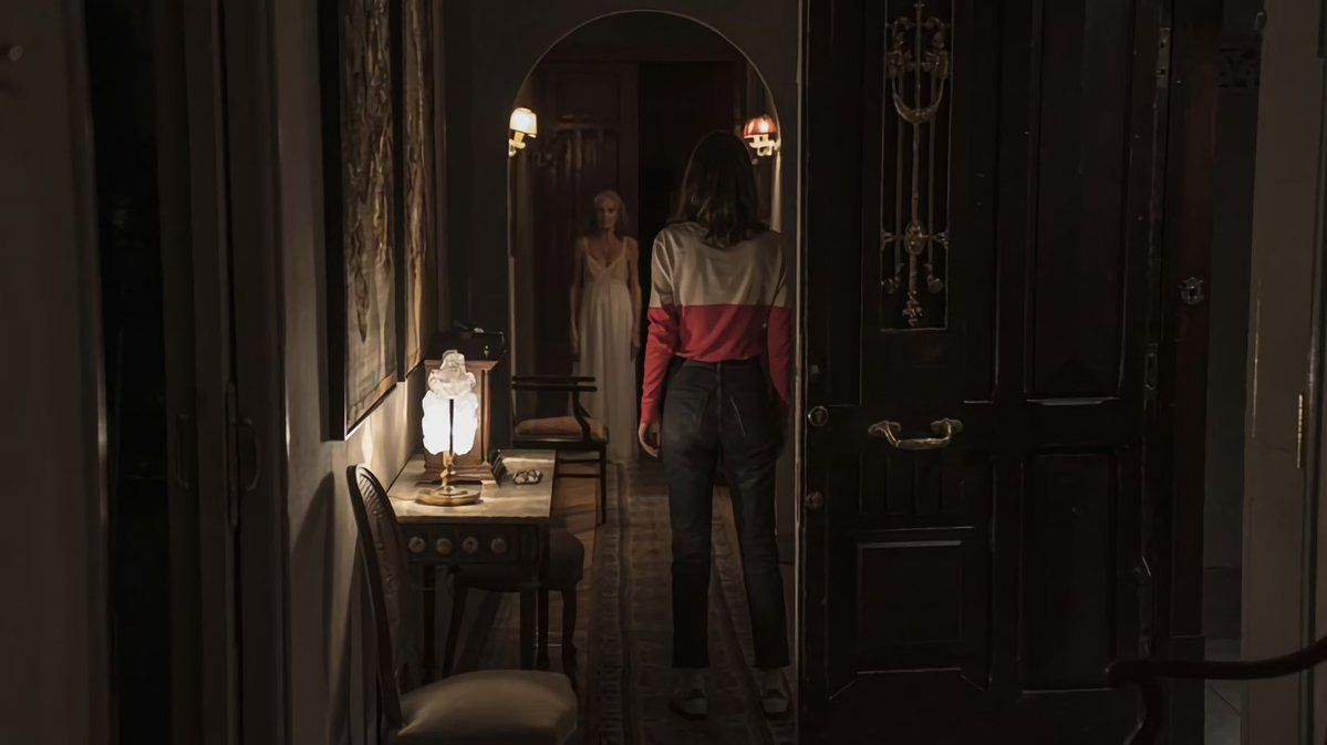 "[First Look] Erste Szenenfotos aus Paco Plaza's neuem Horrorfilm ""Grandmother"""